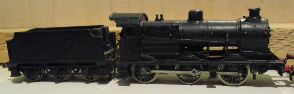 'OO' Locos - Jon's old trains #4 (4/6)