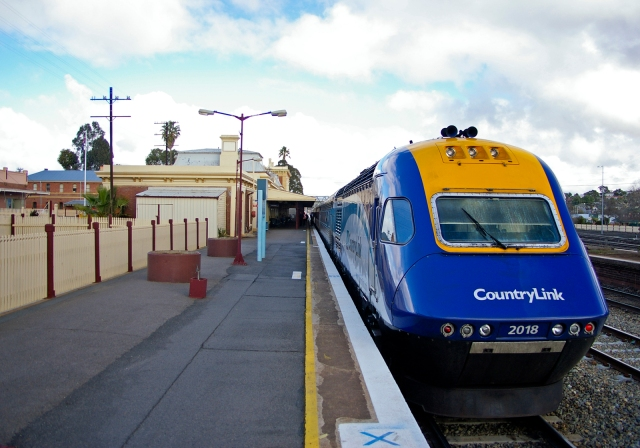 CountryLink_XPT_2018_at_Junee_01