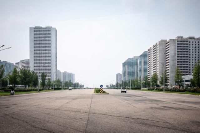 north-korea-boulev_3593087k